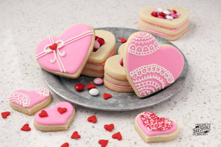 Heart-Shaped-Cookie-Boxes-dixie-768x511.jpg