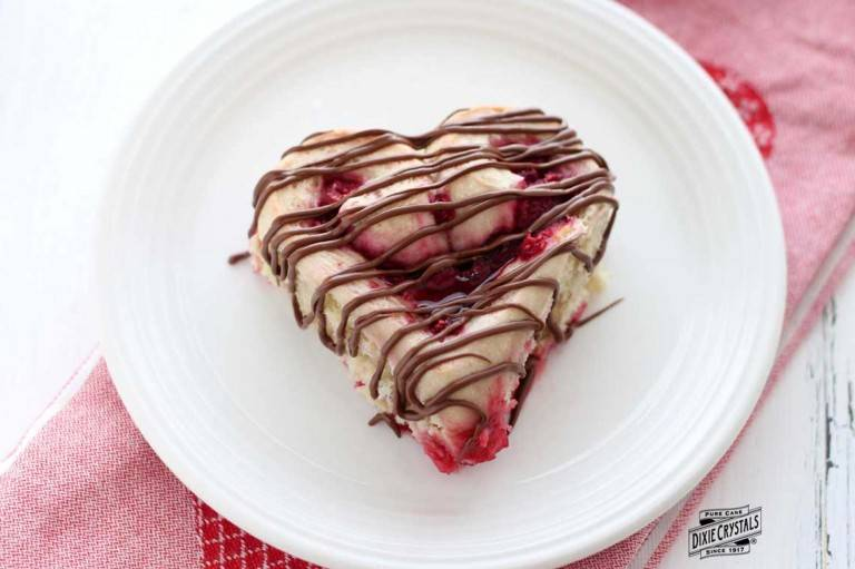 Heart-Shaped-Raspberry-Rolls-dixie-768x511.jpg