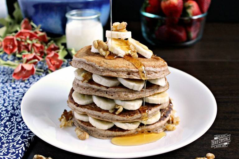banana-nut-bread-buttermilk-pancakes-dixie-768x511.jpg