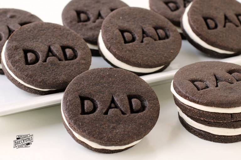 fathers-day-chocolate-sandwich-cookies-dixie-768x511.jpg