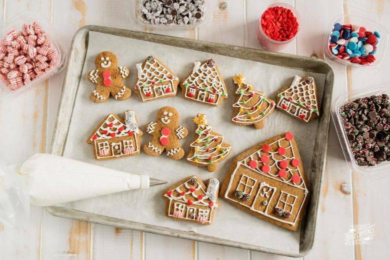 Flat Gingerbread Houses
