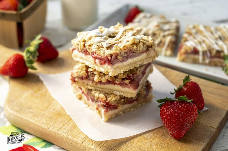 Strawberry Cream Streusel Bars