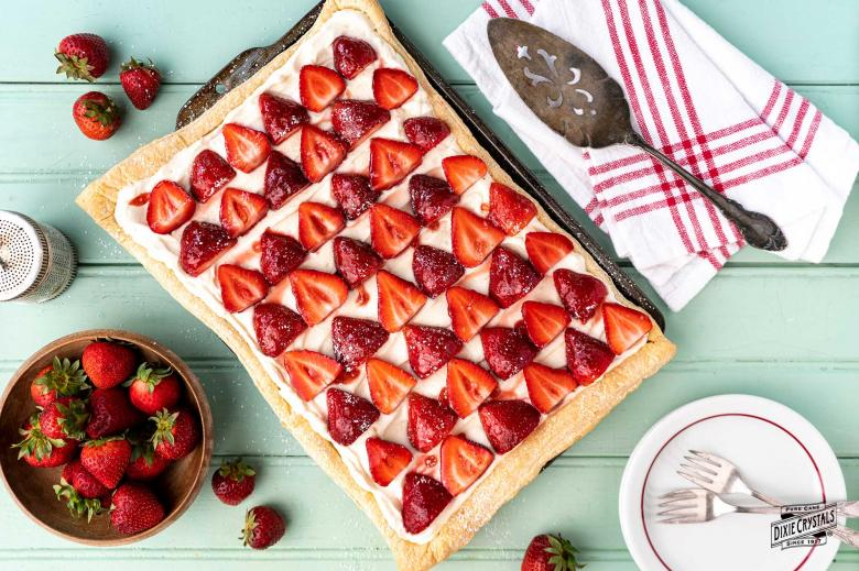 Fresh Strawberry Slab Pie