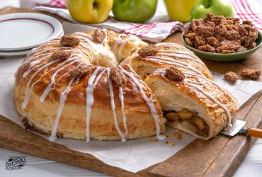 Apple Cinnamon Kringle