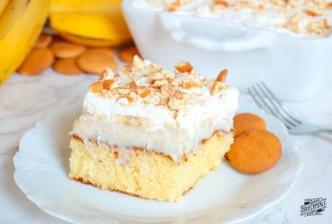 Banana Cream Pie Poke Cake Dixie