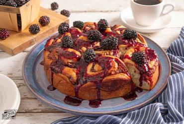 Blackberry Sweet Rolls Dixie