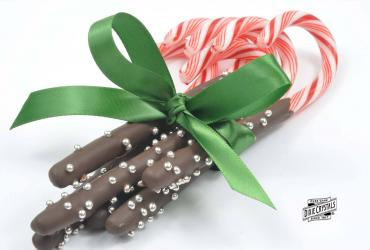 Chocolate Dipped Peppermint Candy Canes