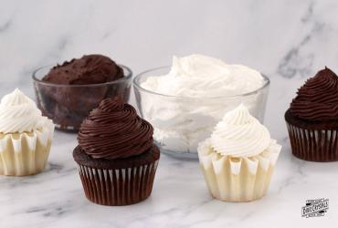 Chocolate and Vanilla Marshmallow Frosting