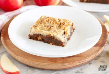 Gingerbread Apple Bars