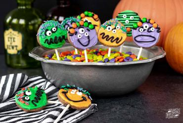 Halloween Chocolate Cookie Pops