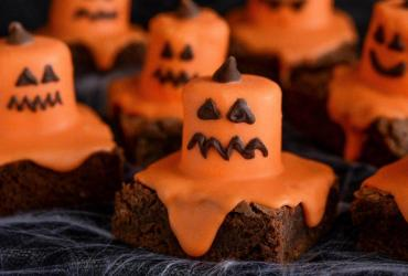 Melted Jack O'Lantern Brownies