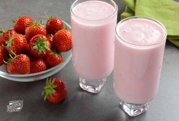Low-Fat Strawberry Smoothie
