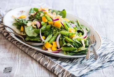 Mango Spinach Salad with Sugared Wonton Strips