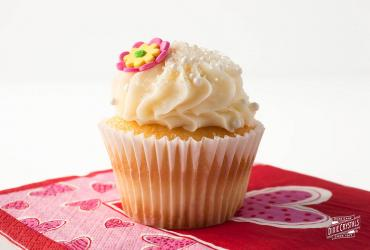 Moist Certainly Delicious Vanilla Cupcakes
