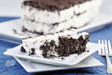 Old Fashioned Chocolate Icebox Dessert