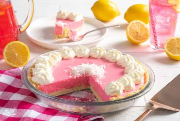 Pink Lemonade Cream Pie dixie