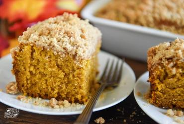 Pumpkin Sour Cream Coffee Cake