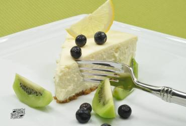 Reduced Fat Creamy Lemon Cheesecake