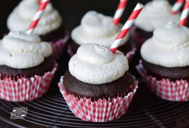 Root Beer Whipped Cream Icing