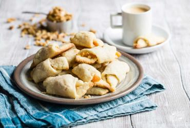 Rugelach Cookies with Apricot & Walnuts