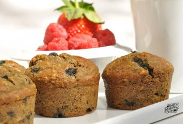 Steviacane Whole Wheat and Oat Blueberry Muffins