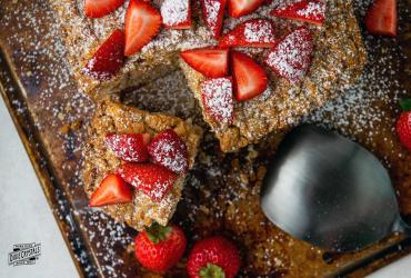 Strawberry and Cardamom Crumb Cake