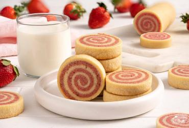 Strawberry Pinwheel Cookies Dixie