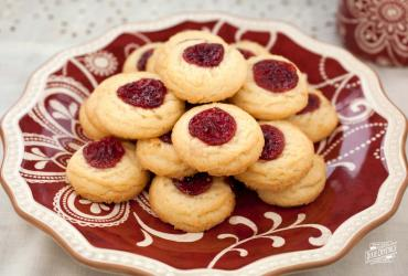 Thumbprint Cookies / Jelly Cookies