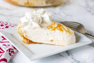 Vanilla Caramel No Bake Pie