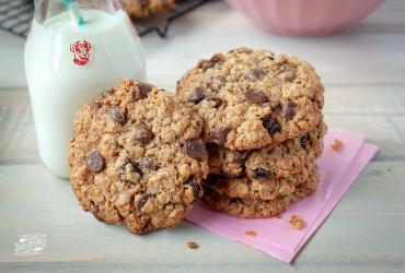 Whole Grain Raisin and Chocolate Chip Cookies