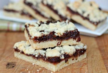 Cherry Fig Merlot Bars