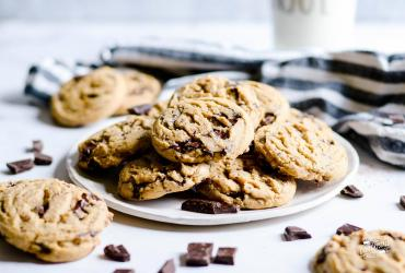 Copycat Neiman Marcus Chocolate Chip Cookies