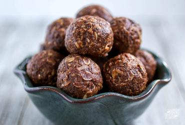 Dark Chocolate Energy Balls