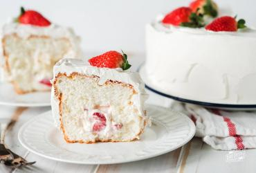 Frozen Strawberries and Cream Cake