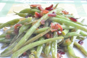 Green Bean with Cranberry