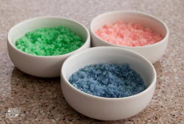 Make your own colored sugar