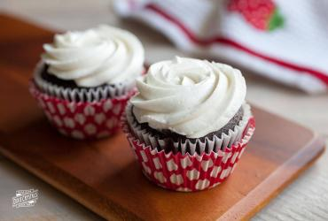 Vintage White Butter Cream Frosting