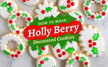 How to Make Holly Berry Decorated Cookies